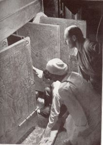 11 26 opening the tomb